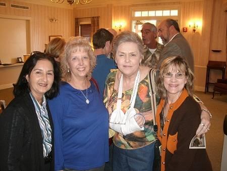 Rita,_Lynde,_Miriam,_Donalynn.jpg